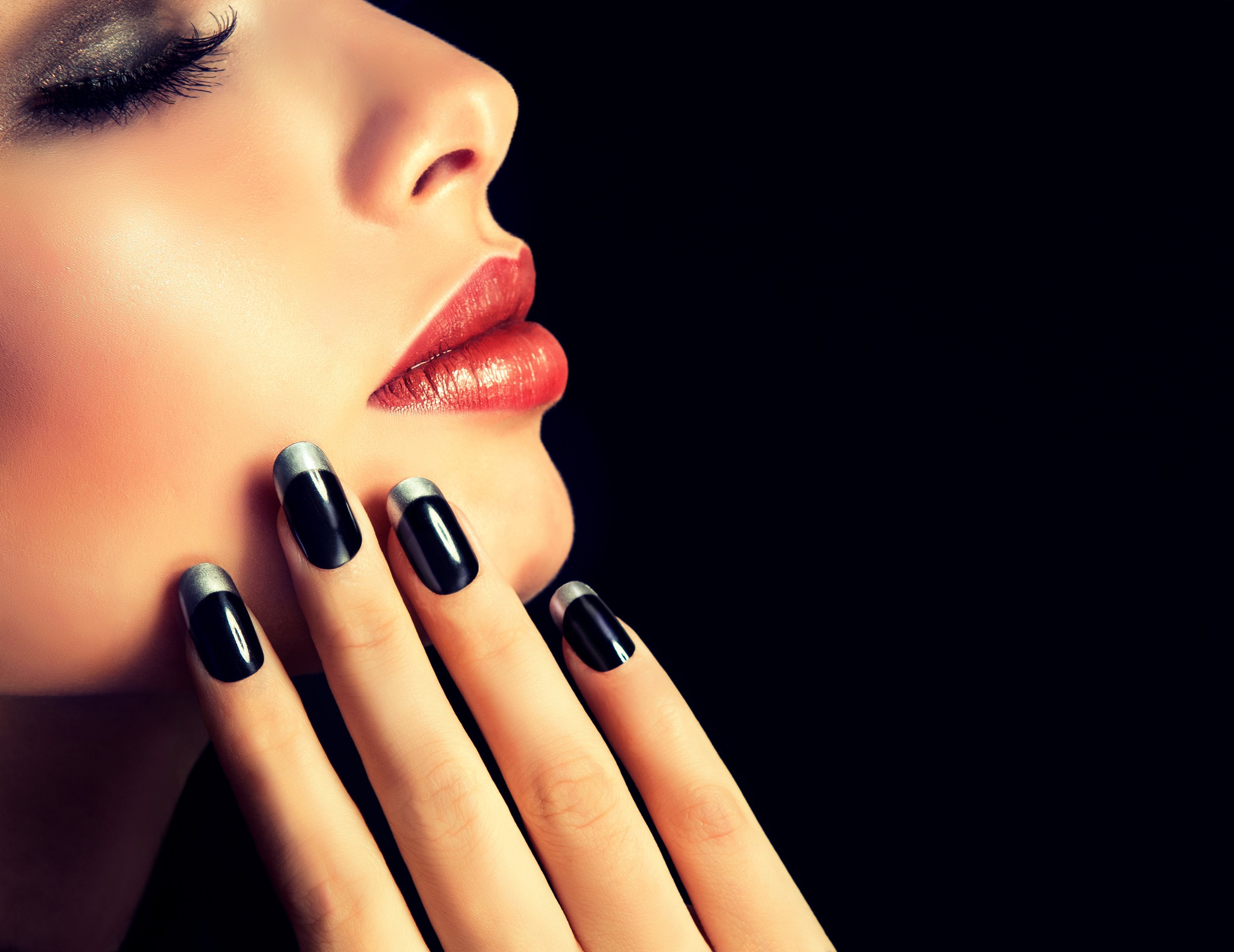 Oval Nail Shape