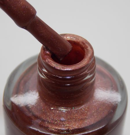 Polished Hazelnut bottle macro