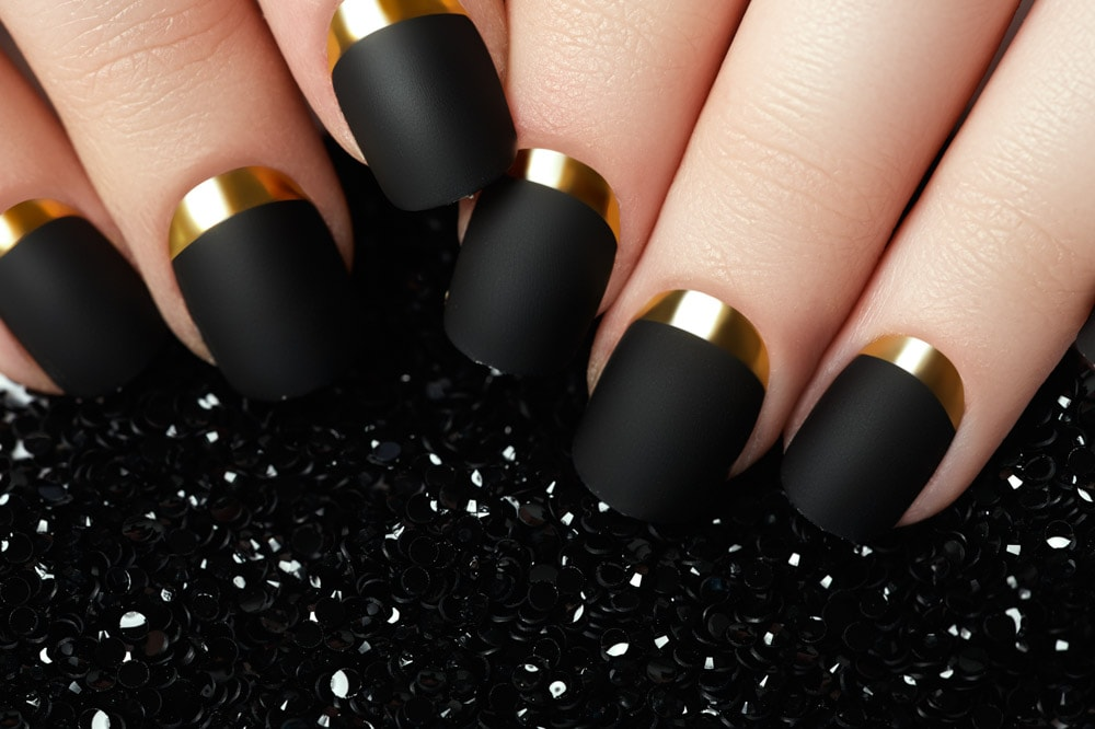 Black Metallic Nails with Gold Stripe