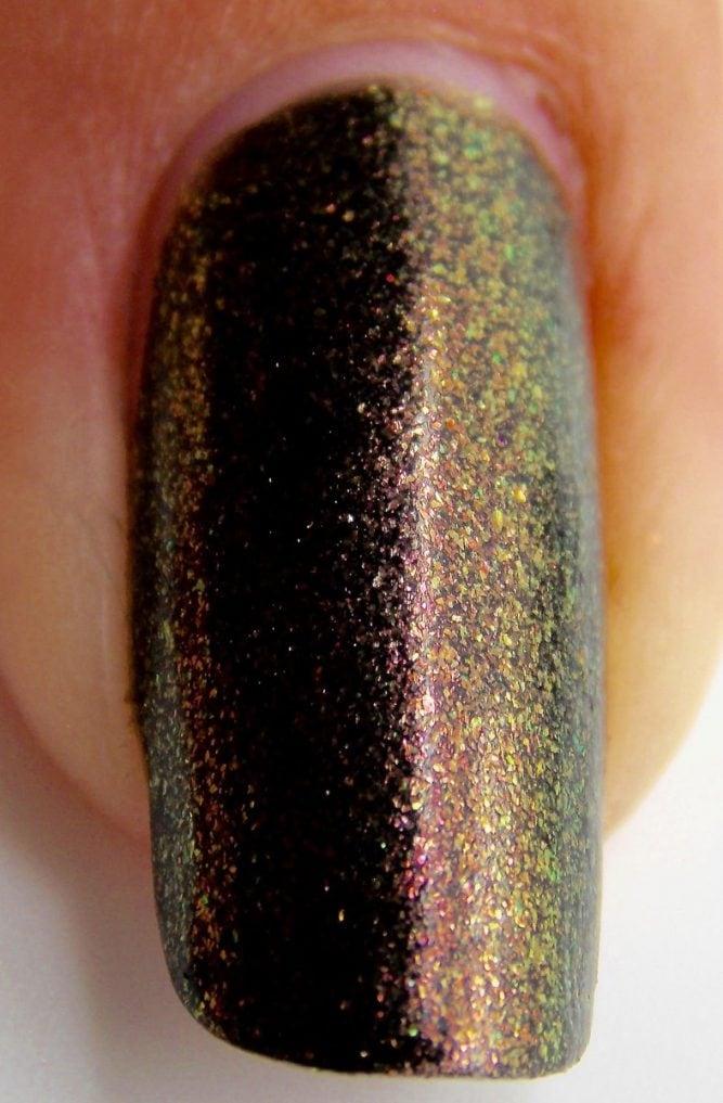 Cleopatra-Nail-Macro2