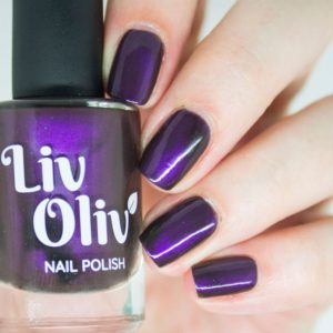 livoliv cruelty free magnetic nail polish purple