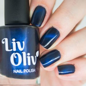 livoliv cruelty free magnetic nail polish blue