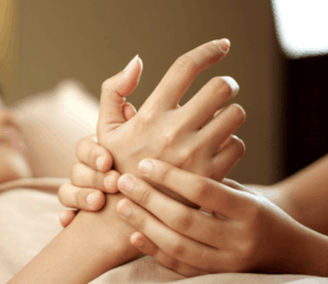 hand massage to improve circulation